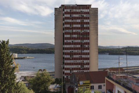 Crveni neboder, Baldekin, arhitekt Dinko Vesanović. Foto: Matija Kralj, UIII arhiv.