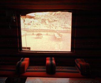 Prozor na šatoru (foto TRIS/G. ŠIMAC)