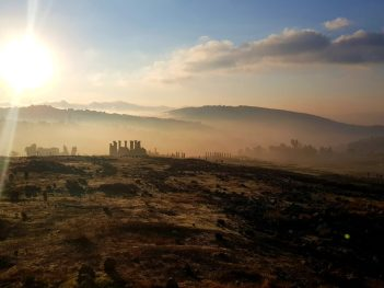 Ruševine prošlosti (i sadašnjosti) (foto TRIS/G. ŠIMAC)