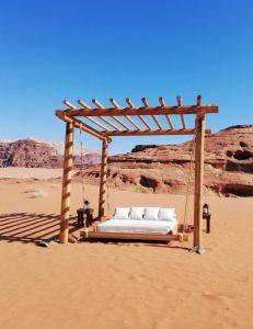 Ljuljajući krevet - udobnost u srcu pustinje za razmažene zapadnjake (foto Nina Živković )