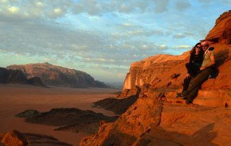 Obasjani zrakama zalazećeg sunca u Wadi Rumu (foto Joso Gracin)