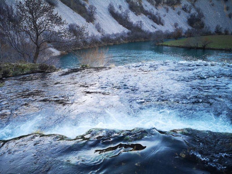 Foto: TRIS/A.Tešić, rijeka Krupa kod Kudinog mosta, ilustracija