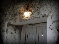 Jedna žarulja u selu (foto TRIS/G. Šimac)