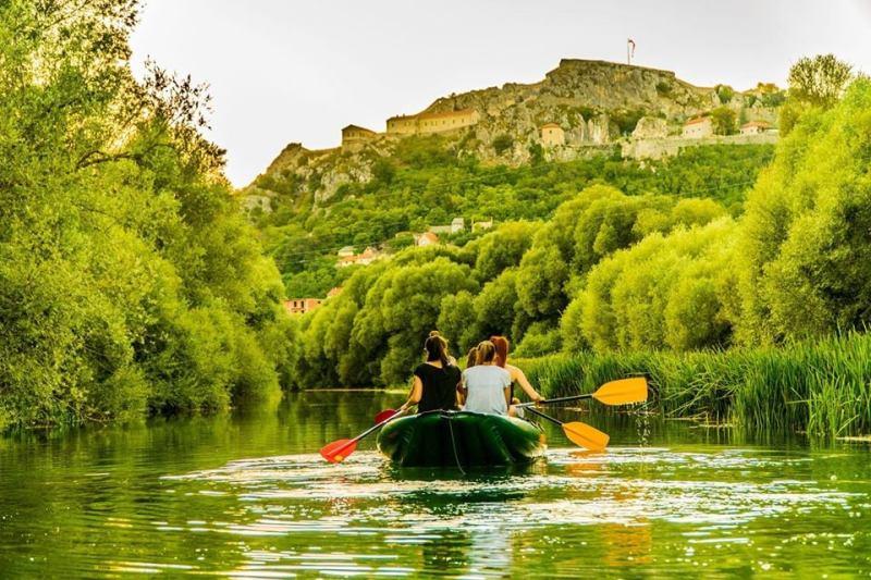 Izleti kanuima na rijeci Krki kroz Knin su dijelić turističkih potencijala kninskog kraja