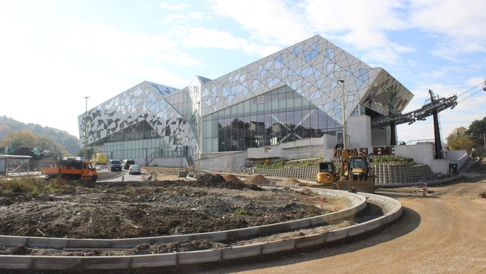 Sporna zgrada (foto HRT/Bojan Arežina)
