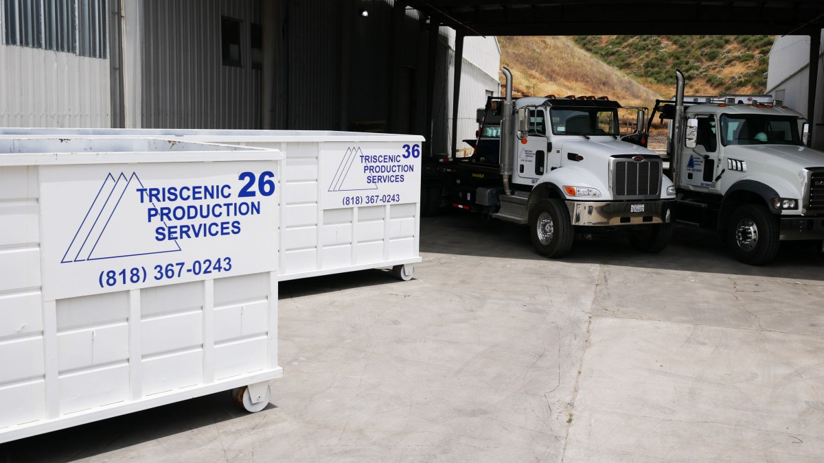 Triscenic Roll-Off Containers
