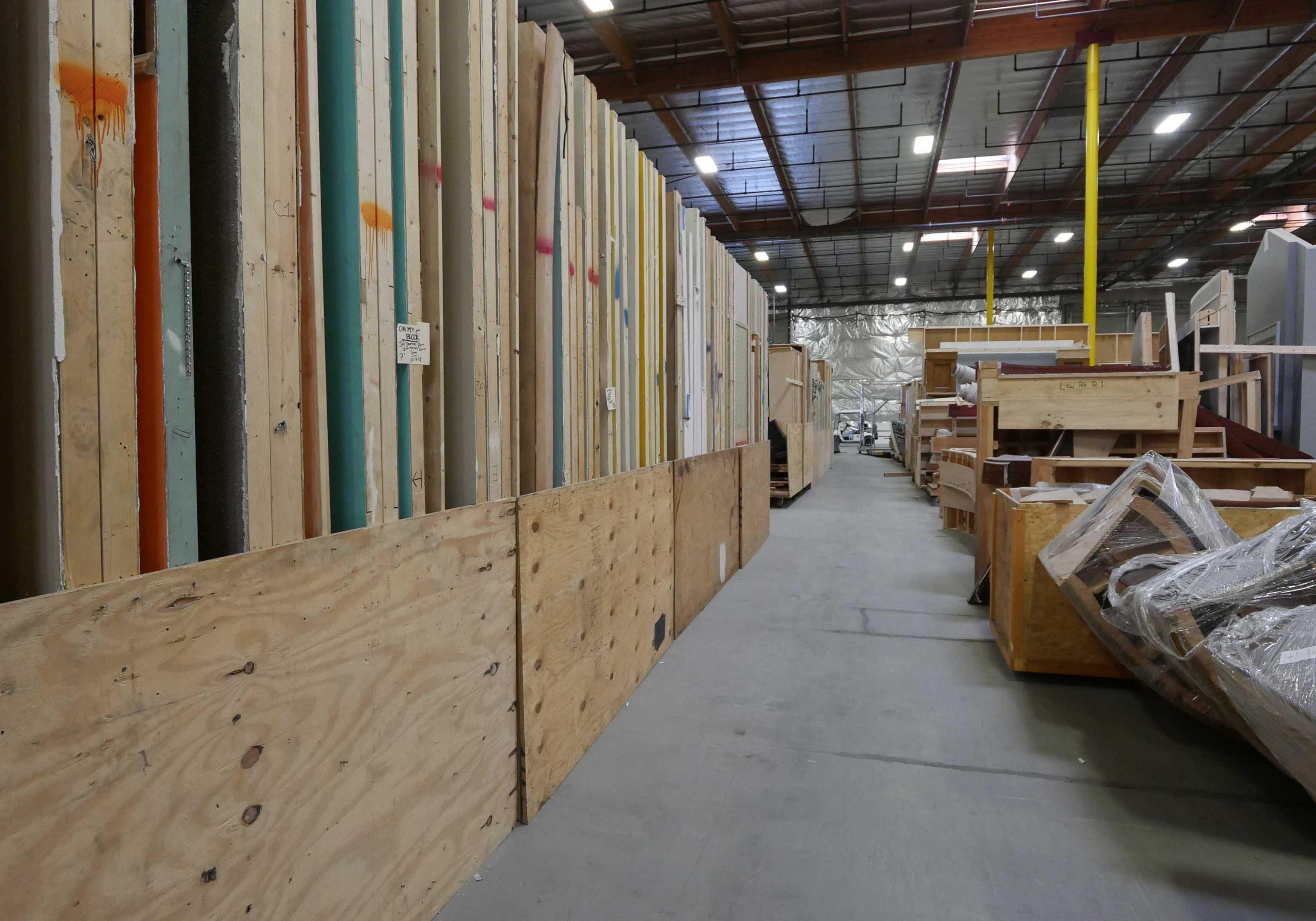 Set-Scenery-Storage