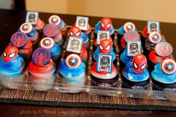 Superhero Cupcake Rings by tagsthoughts.com #superhero #captainamerica #spiderman #cupcakes