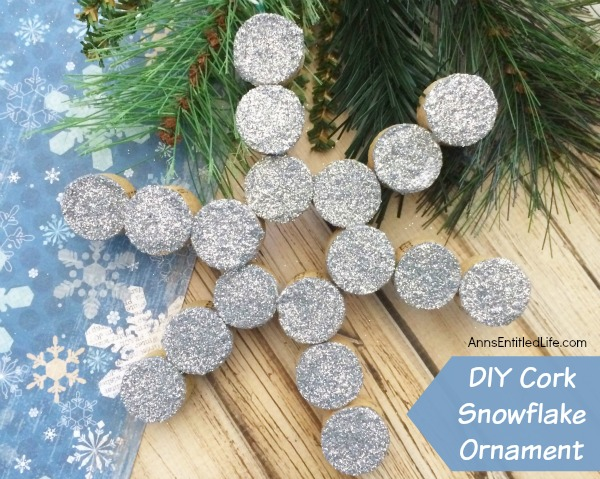 20 Handmade Christmas Tree Ornaments by TrishSutton.com; I absolutely love handmade ornaments and invited a few other creators who love handmade ornaments to share their favorites with you and me.