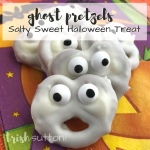 Spooky Halloween Treats Vanilla Dipped Pretzel Ghosts; TrishSutton.com