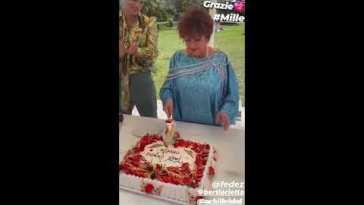 Compleanno Orietta Berti, festeggia con Fedez e Achille Lauro #auguri