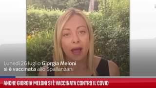 Anche Giorgia Meloni si è vaccinata contro il Coronavirus, dopo le sue dichiarazioni di non esse…