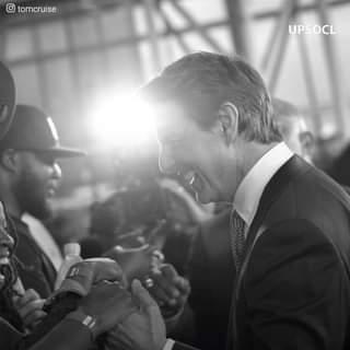 Tom Cruise ha sorpreso quando ha confessato di aver speso il suo primo stipendio a pagare …