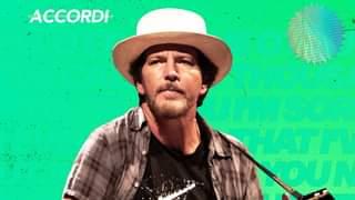 Come cacciare via da un concerto un fan dei Pearl Jam che, sfortunatamente, è un maschilis…
