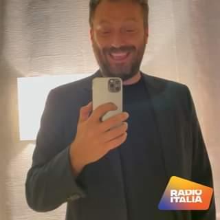 Quando su Radio Italia parte la tua canzone preferita… CESARE CREMONINI