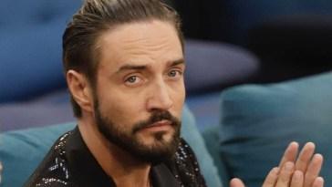 Grande Fratello Vip,Alex Belli invaghito di Soleil ,qualcuno annuncia un tradimento in vista .