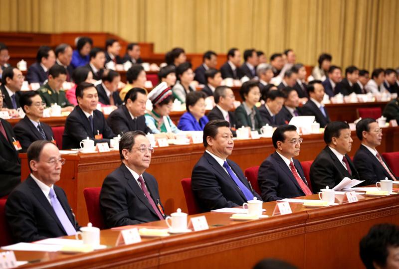 7 Ủy viên thường trực Bộ Chính trị Trung Quốc tại lễ bế mạc Hội nghị Nhân đại toàn quốc lần 3 khóa XII hôm 15/3/2015 tại Đại lễ đường nhân dân Bắc Kinh. (Ảnh: THX)