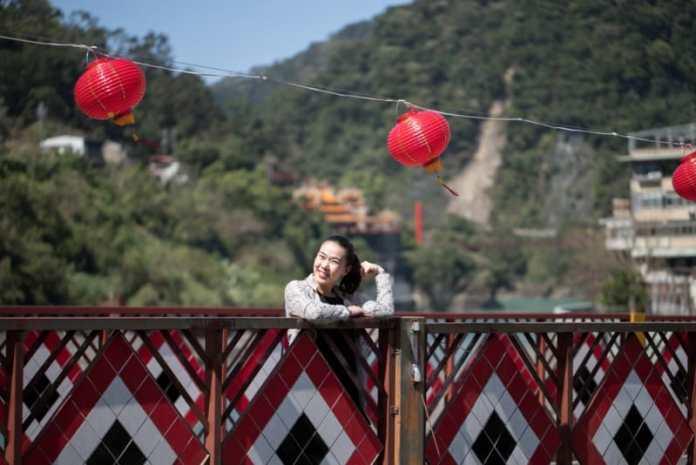 """Cô gái người Hoa: """"Bố mẹ ơi, đây là lý do mà con không muốn về nước"""""""