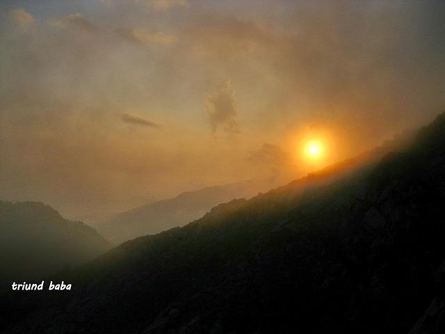 Sun set from Lahesh Cave