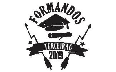 Camiseta personalizada e moletom canguru com mangas personalizadas e bordado ponto a ponto para Terceiro Ano da Escola Menino Deus, da cidade de Quinze de Novembro/RS.