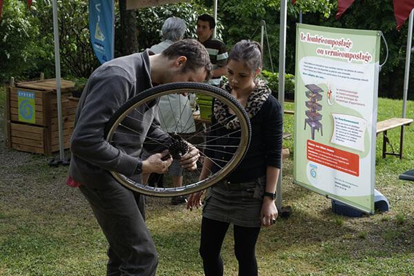 Réparation de vélos par Vélocampus