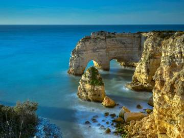 By Luis Ascenso Photography from Lisbon, Portugal (Marinha beach - Algarve) [CC BY 2.0], via Wikimedia Commons