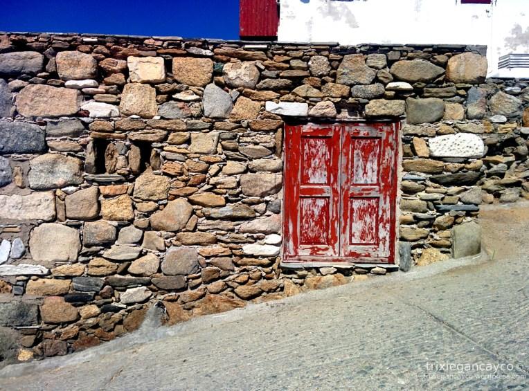 Mykonos-red-window
