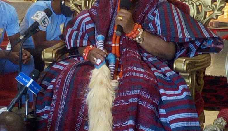 5th coronation anniversary : Hon Princess Folashade Olabanji-Oba pours eulogies on Ayangburen of Ikorodu, HRM Oba Shotobi