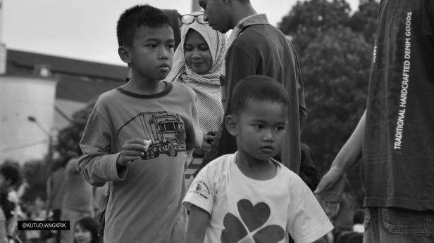 child-masjid-raya-bandung