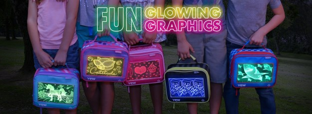 Lunchtime has never been more fun! Show off your favorite color in the cafeteria with POP Lights lunch boxes by YEW Stuff. Fully insulated by Igloo®, this lunch box not only looks cool but keeps food fresh. (PRNewsfoto/YEW Stuff)
