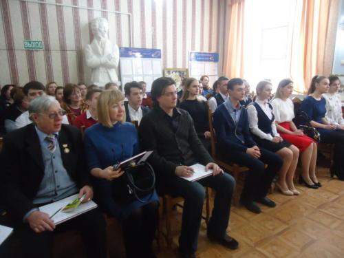 Конкурс чтецов в Пушкинской школе г. Новомосковска