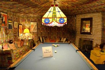 Billard-Raum im Keller von Graceland