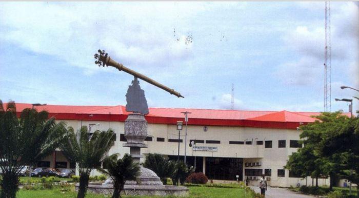 Akwa Ibom boils as police take over Assembly