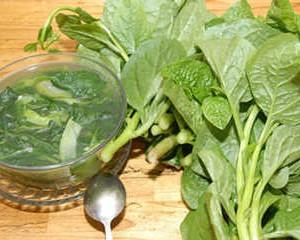 Canh rau mồng tơi là món canh vô cùng quen thuộc với người Việt
