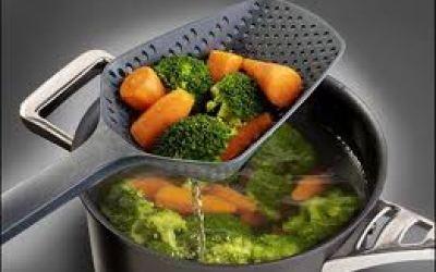 Chần sơ rau dễ làm mất vitamin