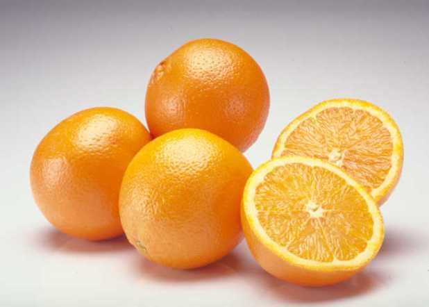 Ăn cam giúp tinh thần minh mẫn, hưng phấn, chống lại sự căng thẳng, mệt mỏi