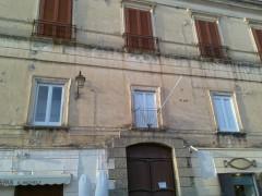 Tropea Palazzo Toraldo Serra.jpg