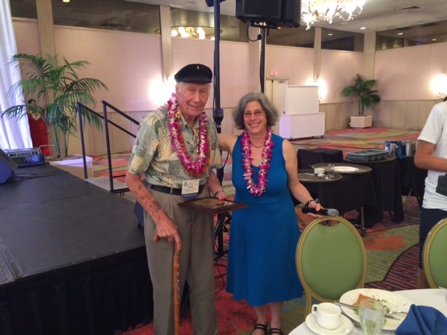 Dr. Dieter Mueller-Dombois and ATBC Executive Director Robin Chazdon at Hawaii, July 2015. (c) Frans Bongers