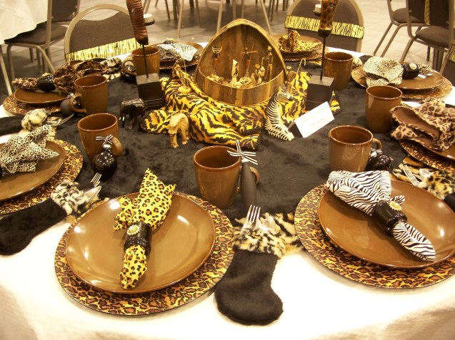 african-christmas-nativity-scene-table