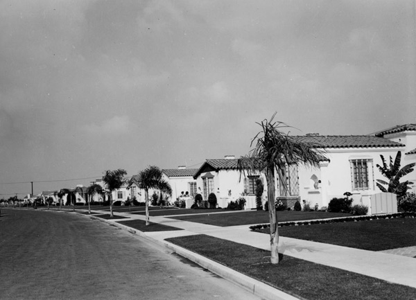 Rows of ''Spanish Colonial'' homes in Leimert Park | Courtesy of the Los Angeles Public Library