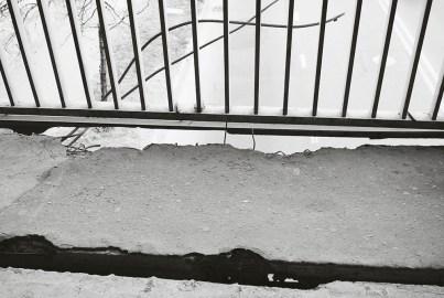 ...dziurawych chodników...