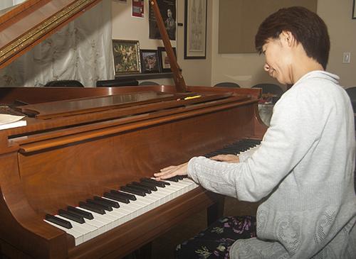 Piano_DSC_0010_Collins
