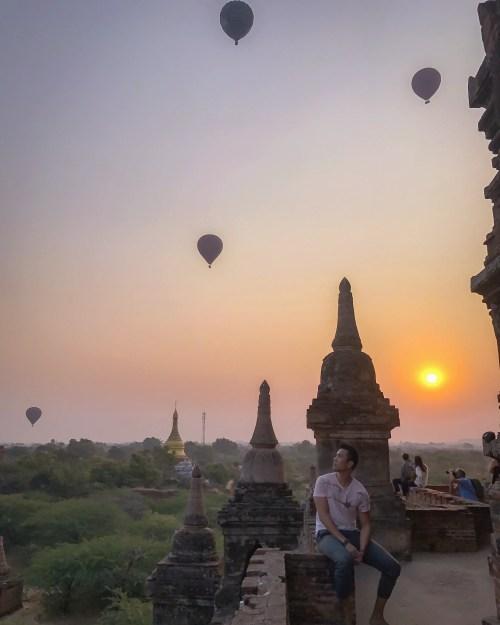bagan sunrise tamples myanmar