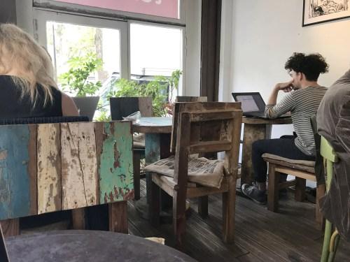 workspace café in marais paris