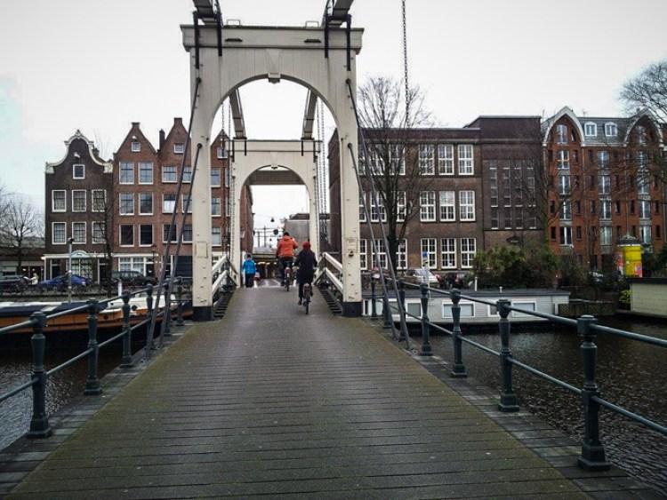 velo pont Amsterdam