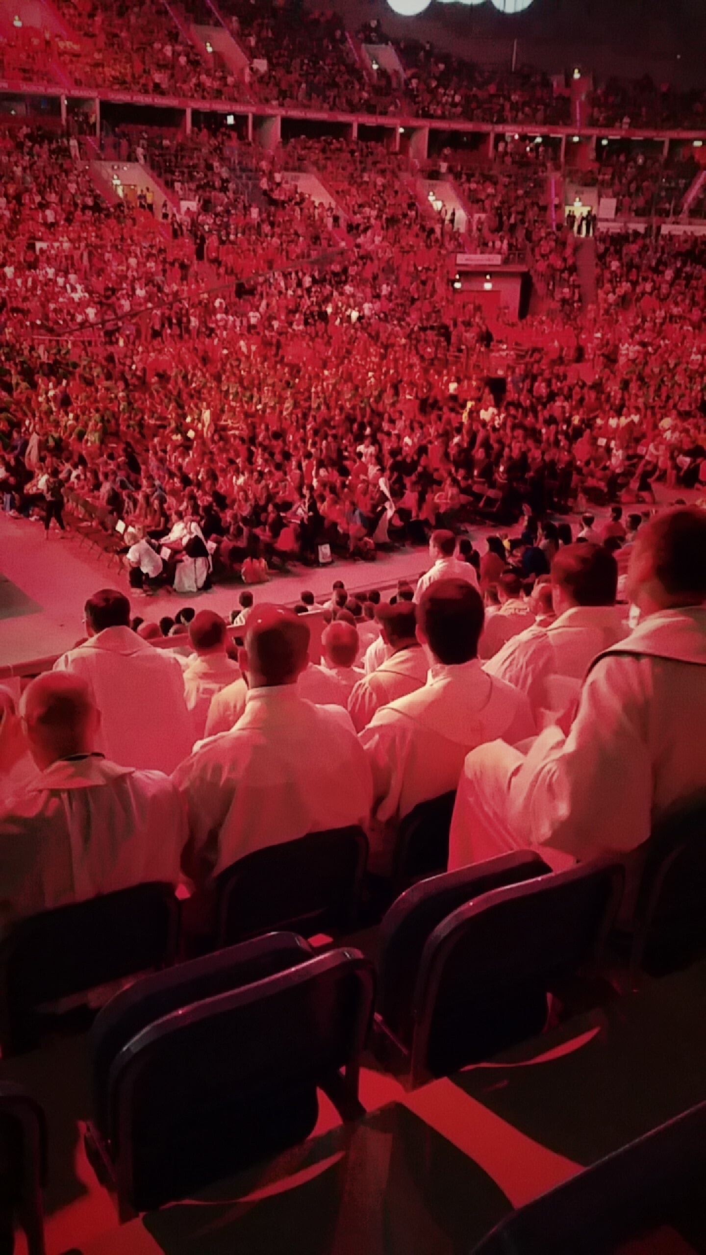 https://i1.wp.com/troubadour.francis.edu/wp-content/uploads/2016/07/Fraley-blog-5-pic-WYD-crowd.jpg