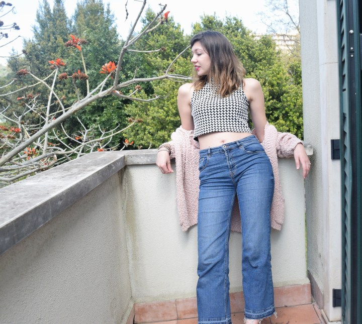 crop top with high waist denim jeans 065