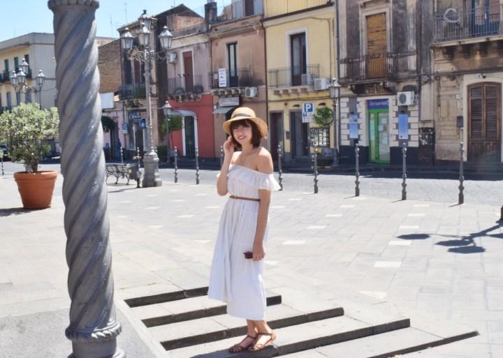 White dress 025