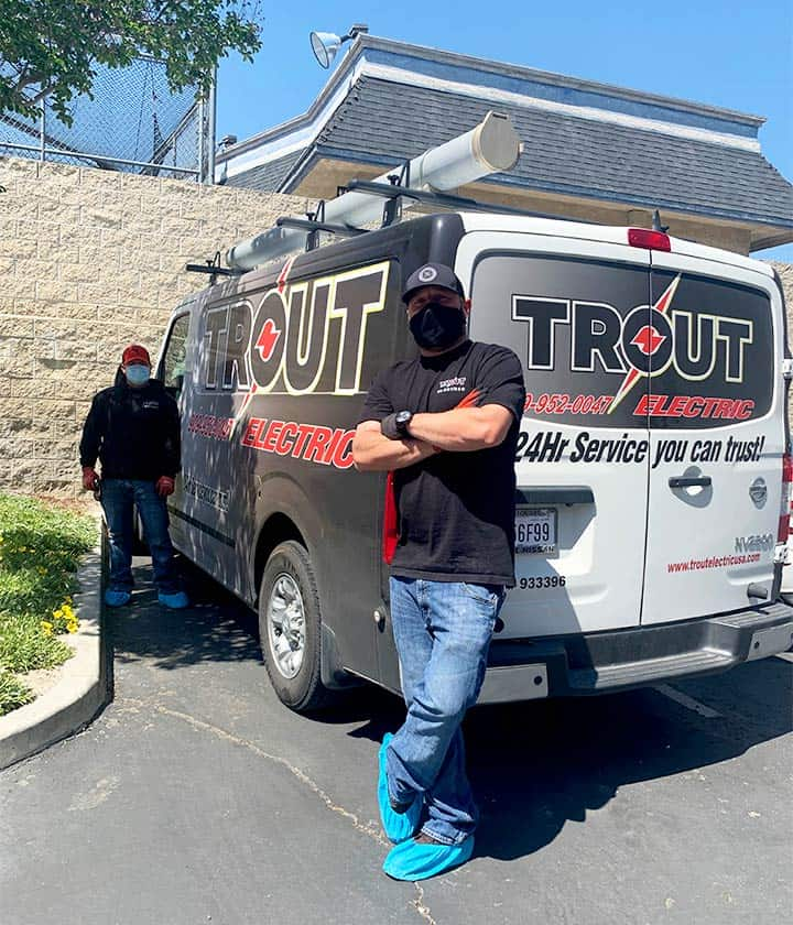 Trout Electric Technicians Wear Masks in Compliance with Covid-19 Protocol