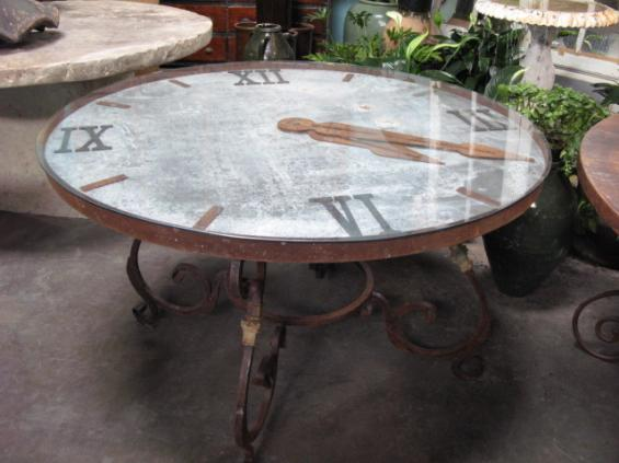 Clock face table bds